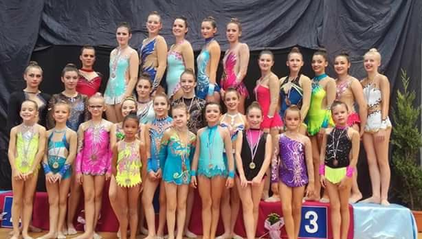 Belle organisation et bonne participation de nos Berjalliennes à la 1ère compétition de la saison